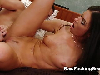 Raw Fucking Sex - Hot India Summer Craves For Younger Stud