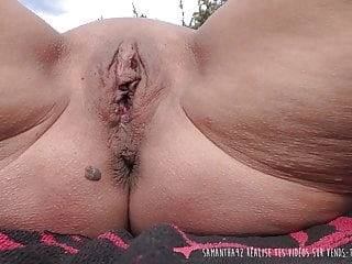 French MILF Outdoor Masturbation on Vends-ta-culotte