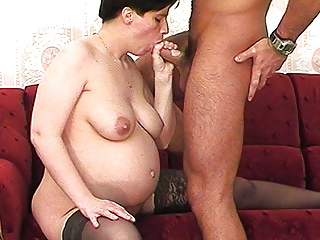 rough anal sex with pregnant milf